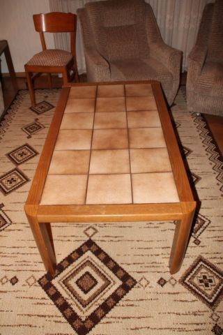 Mobiliar  Interieur  Tische  Stilmbel nach 1945  Antiquitten