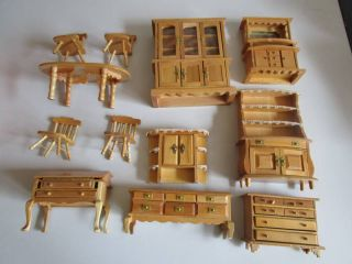 Antikspielzeug  Puppen  Zubehr  Puppenstubenzubehr  Nostalgieware nach 1970  Antiquitten