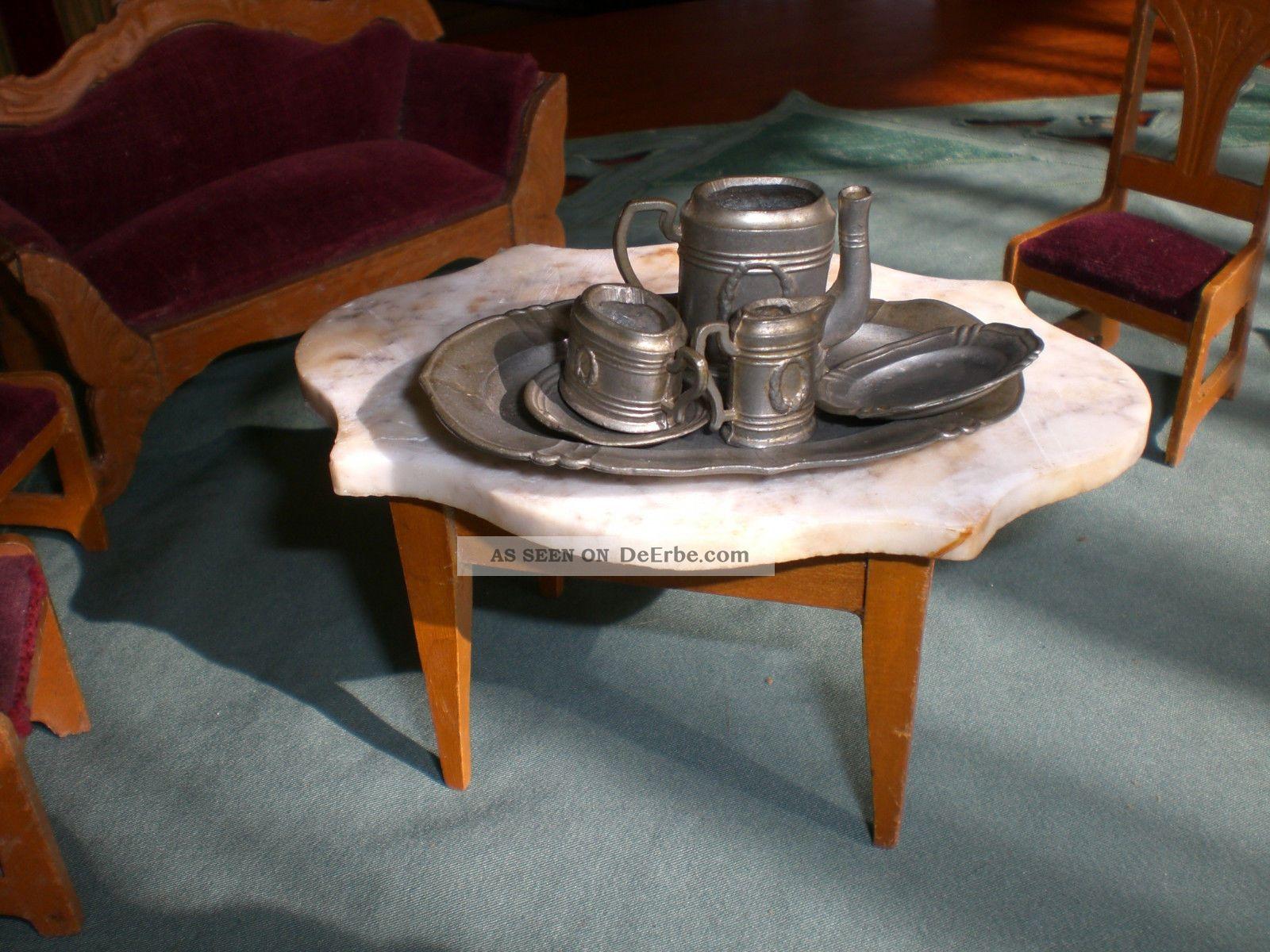 Altes Sofa Mit Marmortisch Und Stuhlen Von