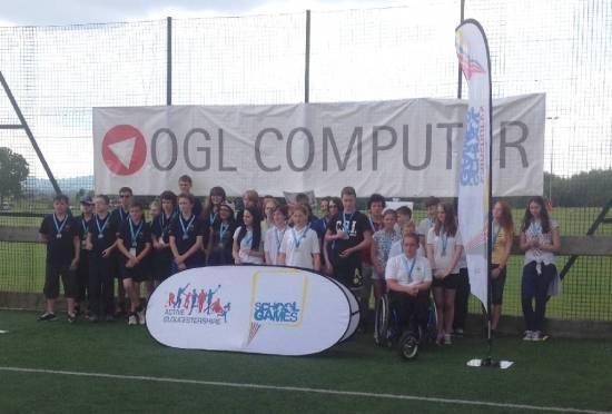 The winning Secondary School Teams.