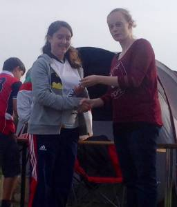 Lucy receiving her award from Steph!