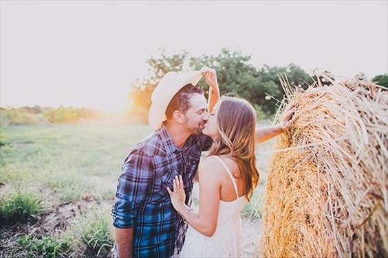 60 Best Ideas Of Fall Engagement Photo Shoot