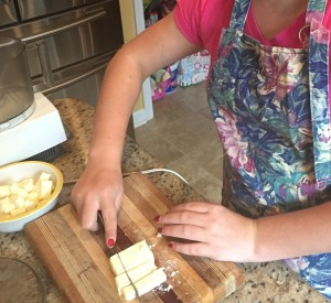 Emma's in the Kitchen with Dee! Making Pie crust