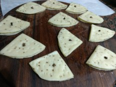 Insert loung in between folded papdi