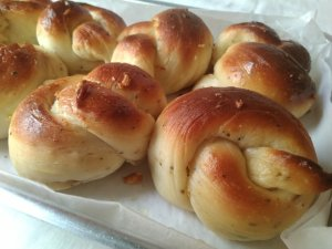 Gorgeous Garlic Knots