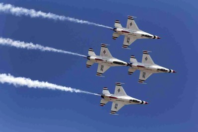 Four Air Force Thunderbird F-16s in Diamond Formation