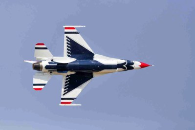 Underbelly of an Air Force Thunderbird F-16