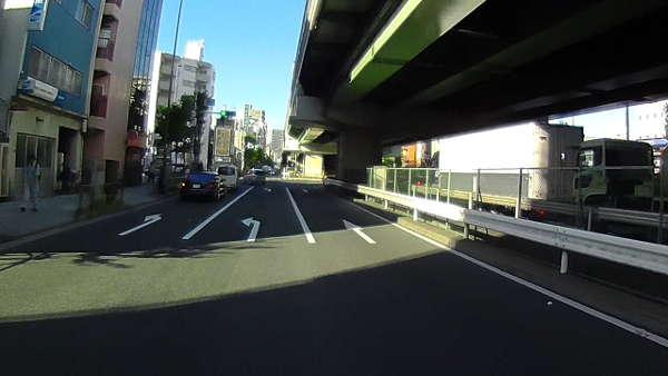 第一京浜上り、大森東交差点です。