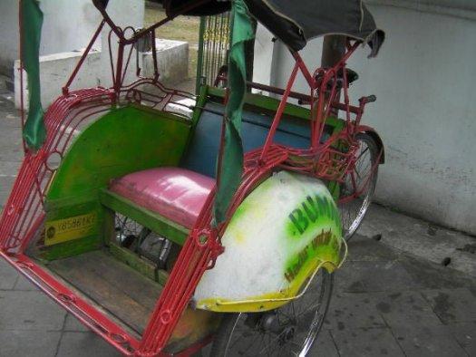 自転車タクシーのベチャ