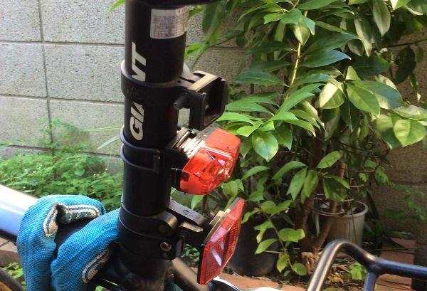 TL-LD635付属品でシートポストに取り付けられます。