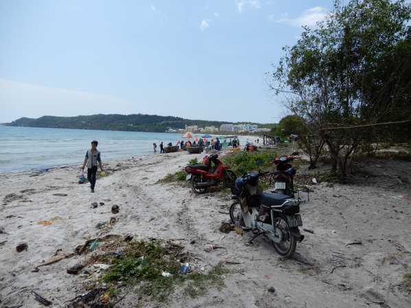 khem-beach23