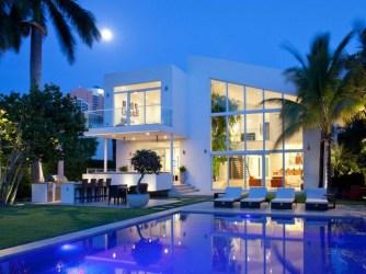 Hermosa fachada de casa moderna en Miami Fachadas de Casas Fotos de Casas