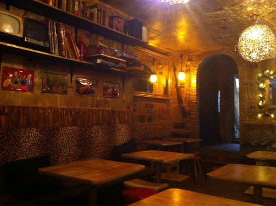 LE JOURNAL en Barcelona Un bar bohemio de Gracia para