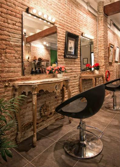 El Atelier una original peluquera y moda vintage en