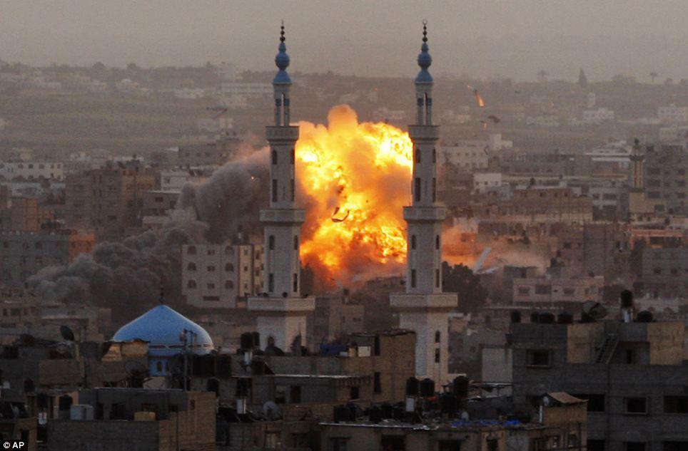 Gaza On Brink Of War As Hamas Rockets Slam