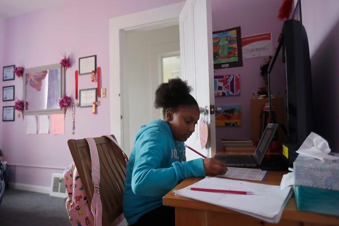 Houston-area schools report card: failing students, overburdened teachers