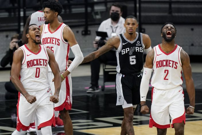 With Harden cloud lifted, Rockets having fun and winning