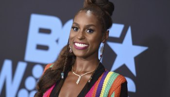 'Insecure' creator Issa Rae signs $40 mil film & TV deal with WarnerMedia