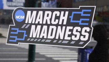 NCAA basketball players use biggest stage to deliver message