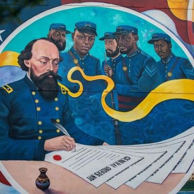 Houston artist Reginald Adams immortalizes Juneteenth with mural