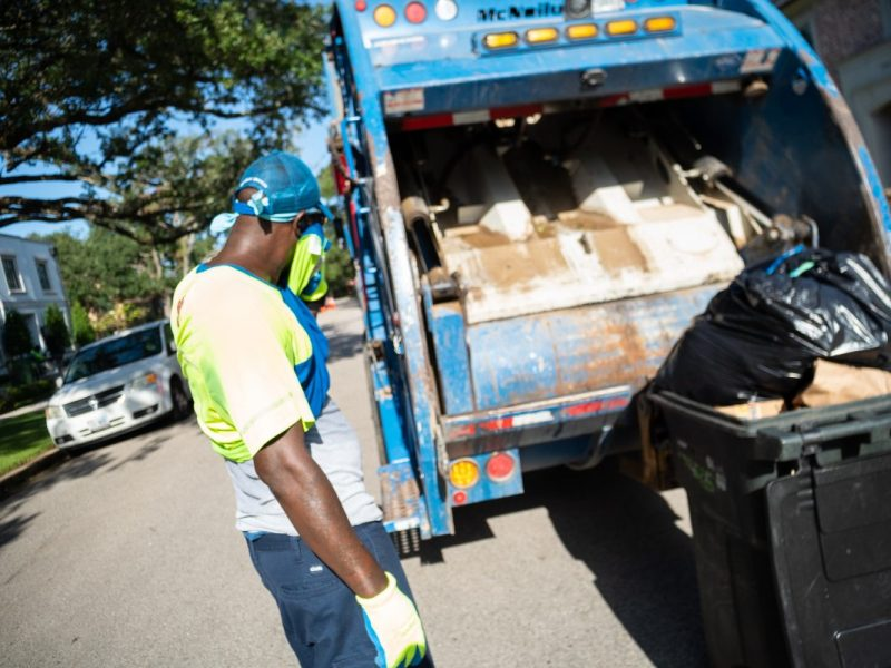 Texas workers dying in summer heat yet companies elude accountability