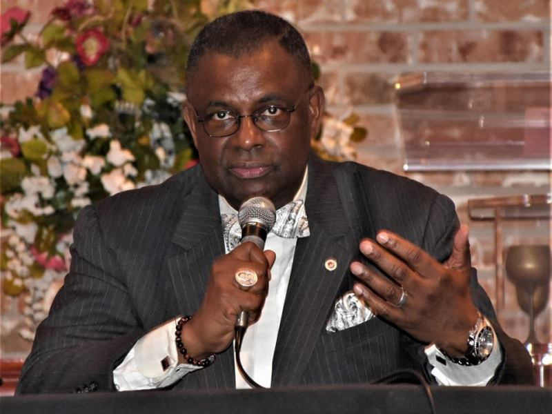 Dr. Robert Muhammad on Community Roundtable to end street violence