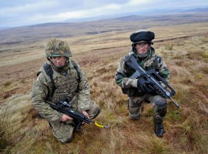 A British Army Reserve soldier with a French soldierduring Exercise Steel Sabre in February 2013. Photo: UK MO