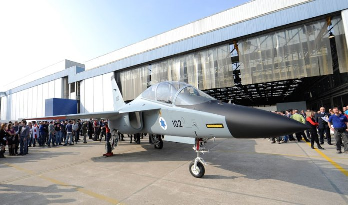 Alenia Aermacchi Roll-Out of first M-346 for Israeli MOD and the Israeli Air and Space Force. Photo: Alenia Aeronautica