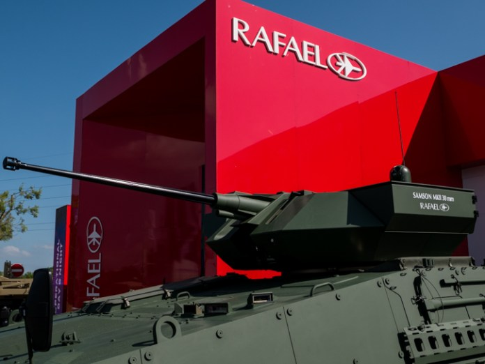 RAFAEL is displaying at Eurosatory eight different weapon stations, one of those shown in the static outdoor area is the new Samson 30 mm turret, mounting an automatic 30mm cannon and two Spike ER missiles. It is installed on a modernized BMP-2 modernized by the Czech company Excalibur. Replacing the original Russian turret saved several tons that could be 'spent' on additional armor, while clearing more space for troops and equipment inside the protected fighting compartment.