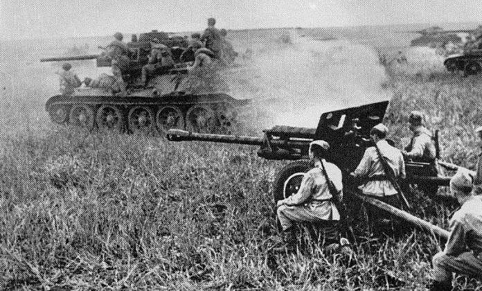 Battle-of-Prokhorovka800