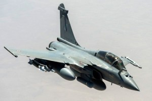 Rafale carrying RECO-NG reconnaissance pod on a mission over Iraq, 2014 Photo: French Air Force SIRPA