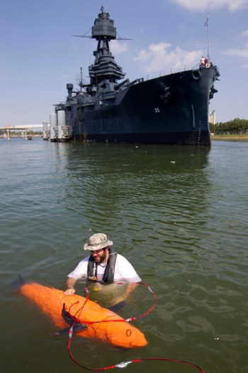 An earlier 'fish', the BIOSwimmer was tested by DHS for the detection of drug smuggled in ship hulls. In 2013 it was tested on the battleship TEXAS. Photo: DHS