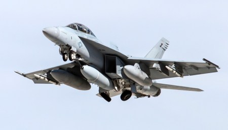 The IRST21 flew for the first time on an F/A-18F in April 2014.