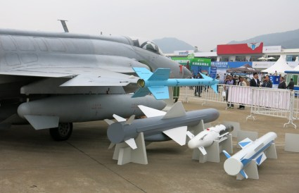 The JF-17 was on display at the recent China Airshow in Zhuhai, China where it was shown with a wide range of Chinese made weapons. Photo: Tamir Eshel, Defense-Update