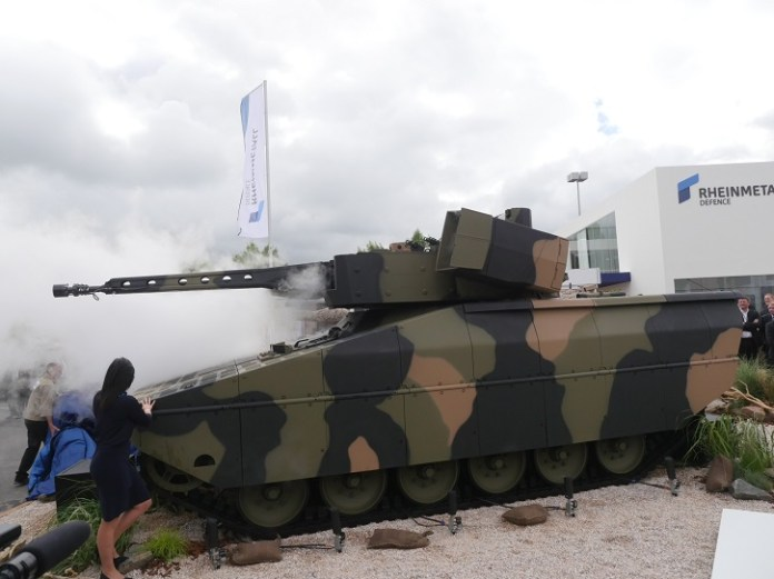Lynx uses a new hull configured with a track system using rubber links. The front mounted engine is coupled with an exhaust system that runs through the sides of the vehicle, to the rear mounted exhausts, thus reducing the thermal signature of the vehicle. Photo: Noam Eshel, Defense-Update.