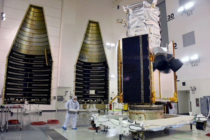Built by Lockheed Martin, DigitalGlobe's WorldView-4 satellite is enclosed in the four-meter fairing that will then be placed atop an Atlas V 401 rocket. Photo courtesy of Lockheed Martin and United Launch Alliance. Photo: Lockheed Martin