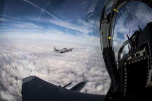 هل ينبغي على الكونجرس الموافقة على طلب لبنان بشراء 6 طائرات من طراز A-29 Super Tucano، والمشابهة لتلك التي يمتلكها سلاح الجو الأمريكي، حيث ستدفع الدولة الشرق أوسطية ثمن الطائرات بمنحة من المملكة العربية السعودية. (صورة:  رقيب طيار رايان كالاهان / سلاح الجو الأمريكي)