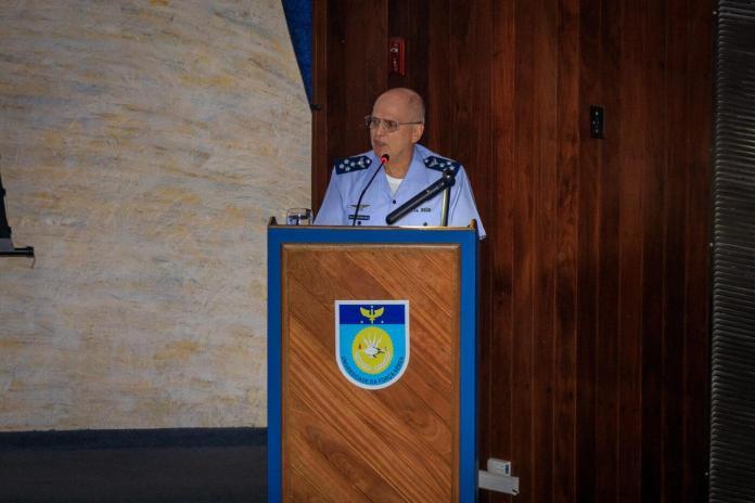 201120TAM69622 Thallys Amorim - Comandante da Aeronáutica palestra no Estágio de Comando da Força Aérea Brasileira