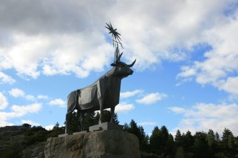 Teruel symbolised by the bull and the start at the birthplace monument of the river Tagus