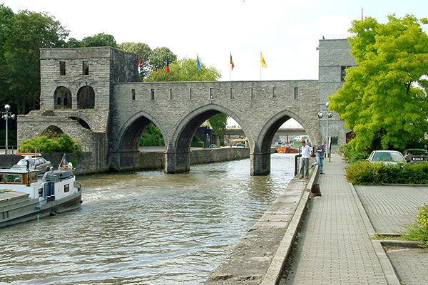 Le Pont des Trous tel qu'on peut – encore – le voir aujourd'hui..