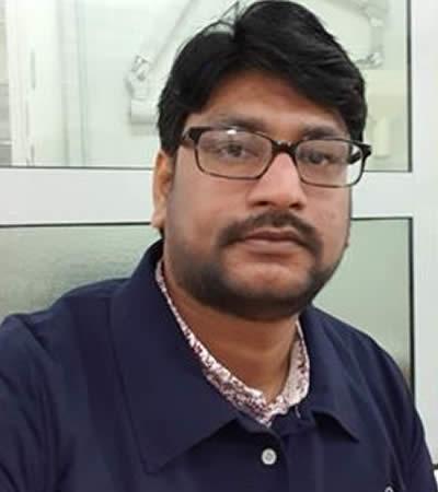 Dr Kumar