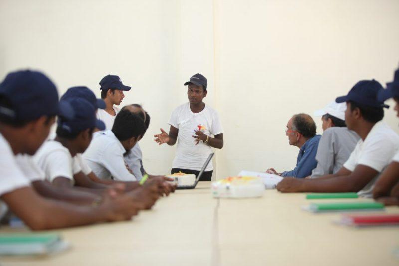 « De la lumière pour les Rohingyas » : le premier projet humanitaire de formation d'électriciens dans les camps de réfugiés.