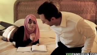 Hot Arab Girl With Burqa Fucked By Young White Daddy