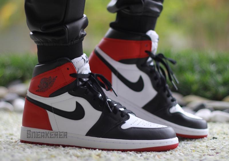 Air Jordan 1 Retro High OG Black Toe 1