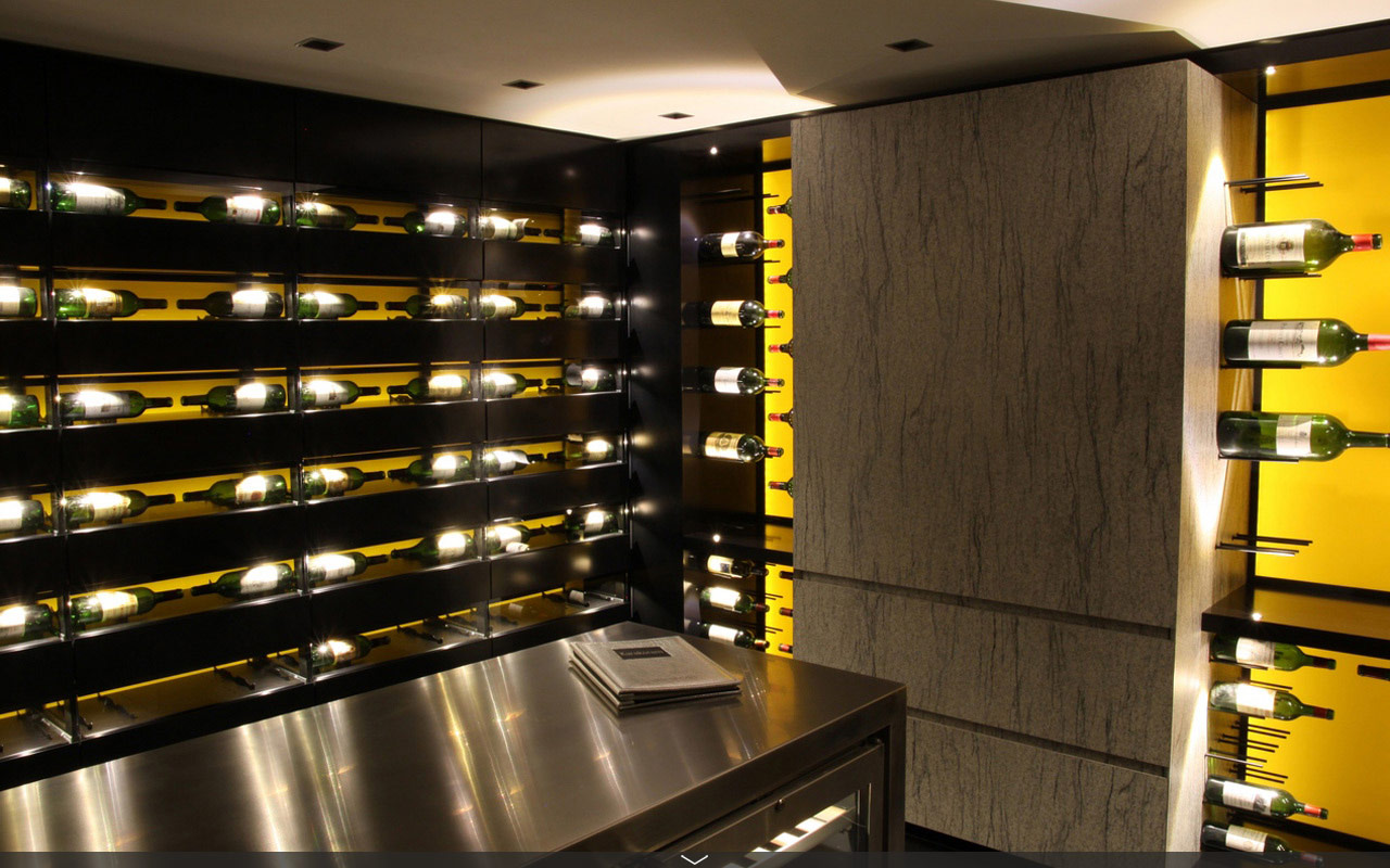 Under Cabinet Wine Glass Holder