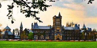 Best Universities in Canada University of Toronto