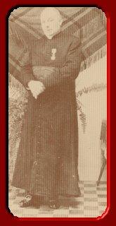 In 1936 slaagde de toenmalige pastoor van IJsselstein