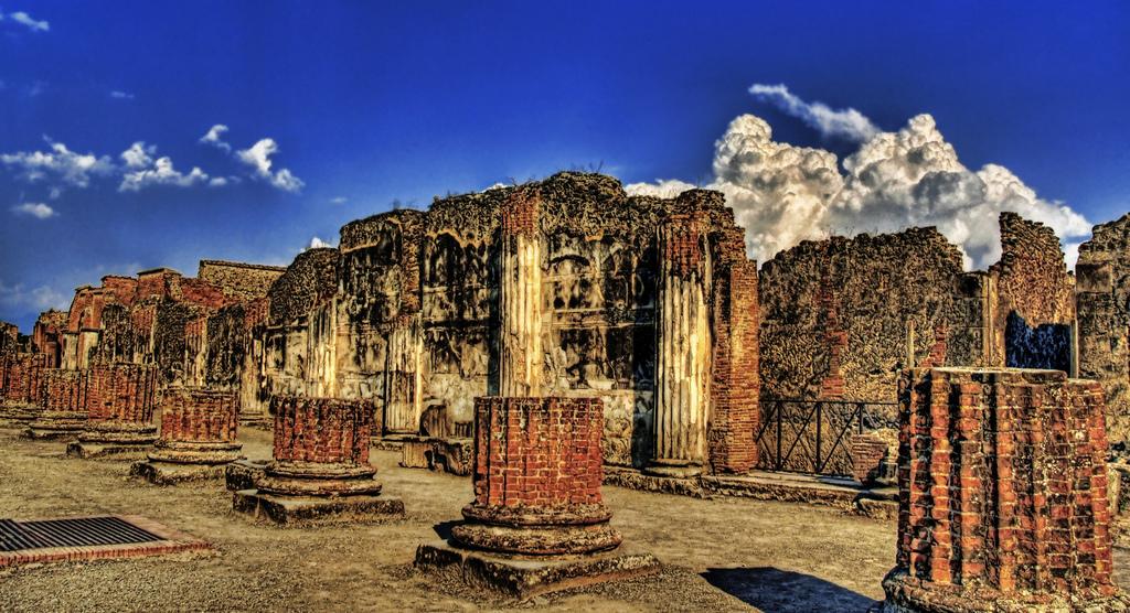 Mais ruínas.