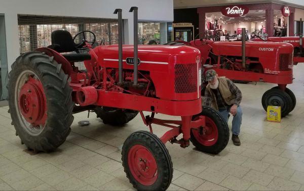 Tractors Display Westland Mall Antique Tractor