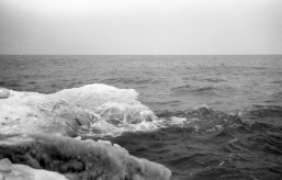 AGFA SUPER SILLETTE ACROS - Nothing too exciting but to show you how the ice forms from the water / wave.